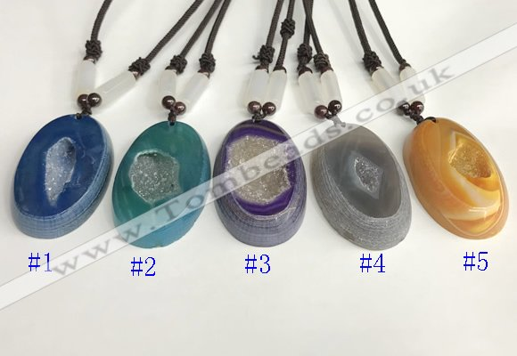 NGP5651 Agate oval pendant with nylon cord necklace